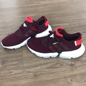 NWT Adidas Pod S-3.1 Maroon Sneakers